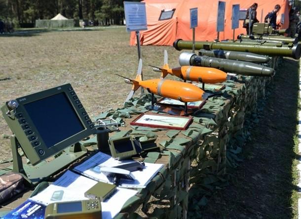 Прес-офіцер міністерства оборони України Оксана Гаврилюк розповіла, що цього року на озброєння армії буде витрачено у 8 разів більше коштів, ніж у 2013 році.