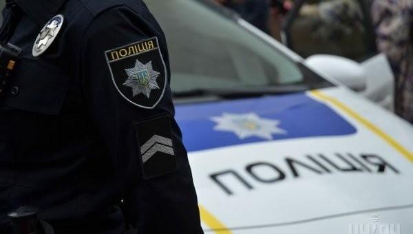 Одного з командирів роти патрульної поліції Києва підозрюють у незаконному заволодінні на місці злочину коштів у валюті.