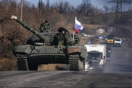 Российские танкисты на Донбассе угрожали уничтожить технику, если им не выплатят задолженность по заработной плате