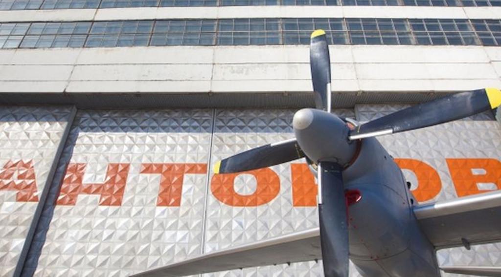 Антонов за минулий рік повністю відмовився від поставок комплектуючих із РФ. На сьогодні Україна самостійно виробляє літаки без участі Росії, хоча ще не так давно частка російських компонентів перевищувала 50 відсотків.