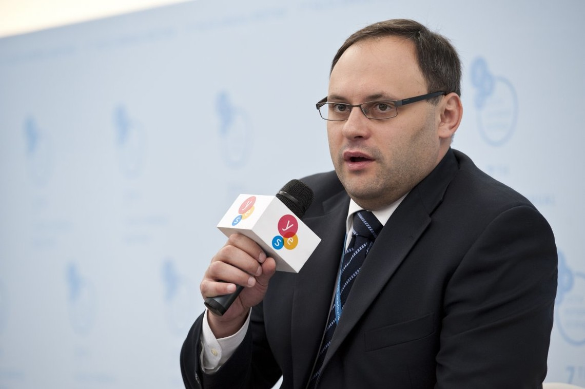 У МВС повідомили про підозру екс-главі Держфінпослуг Владиславу Каськіву в привласненні та розтраті чужого майна.
