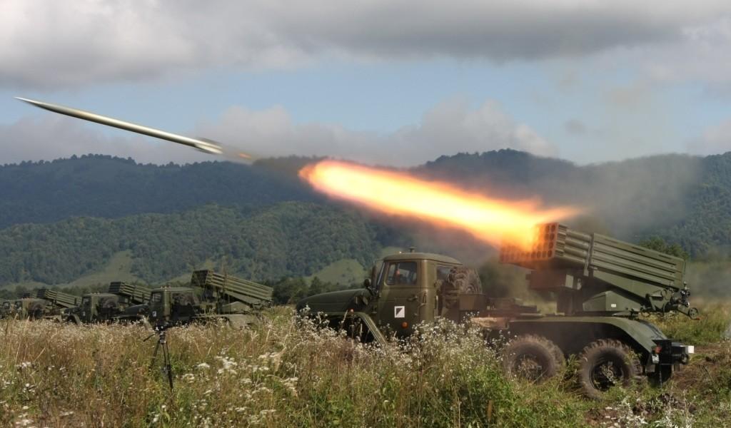 Таке озброєння, як РСЗО БМ-21 Град, має бути відведене від лінії розмежування на відстань не менше 30 км.