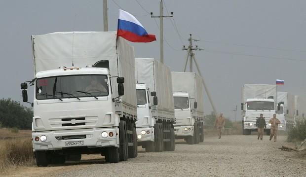 РФ наполягає на тому, що їх сторона виконує пункти Мінських угод, ситуація на Донбасі поступово поліпшується та продовжує відправляти на Донбасс напівпорожні «гумконвої».