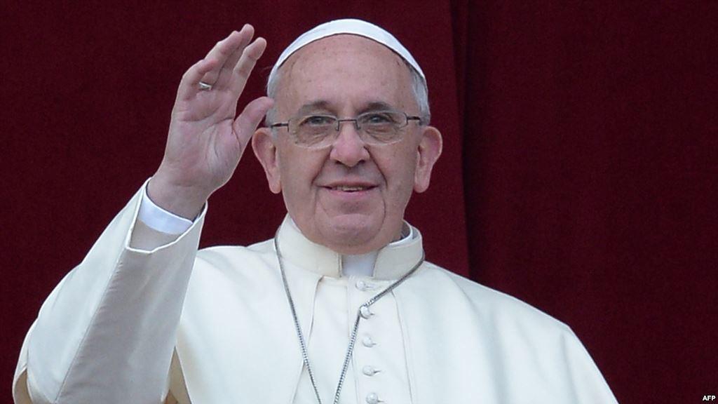 Папа Римський Франциск заявив, що у всіх католицьких храмах розпочинається збір коштів на підтримку жителів Донбасу.