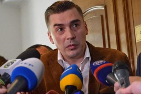 Позафракційний народний депутат Дмитро Добродомов, що сьогодні очолює політичну партію Народний контроль, не відкидає союзництва з рухом Саакашвілі.