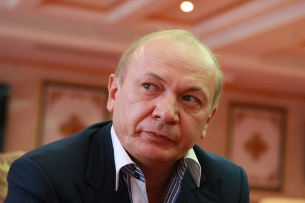 Генеральна прокуратура продовжить розшук соратника колишнього президента України Юрія Іванющенка.