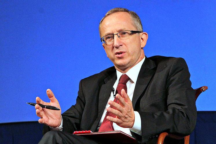У Львові на IV Форумі місцевого самоврядування Ян Томбінський заявив, що ЄС планує запустити нові програми фінансування для України, але для цього чекає відповідних проектів.