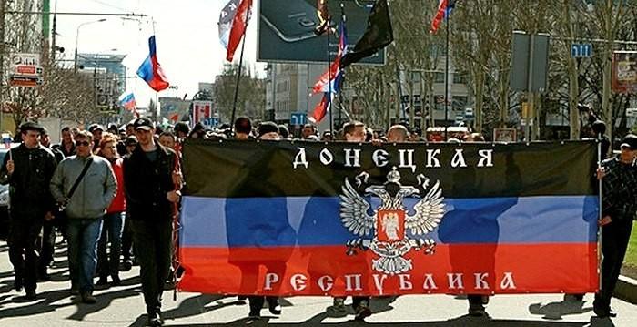 У квітні Російська Федерація витратила на утримання терористів з так званих ЛНР і ДНР 800 млн рублів.