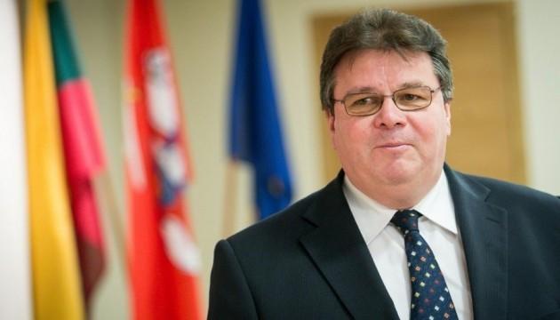 Міністр закордонних справ Литви Лінас Лінкявичюс заявив, що країна схвалила санкційний список Савченко.