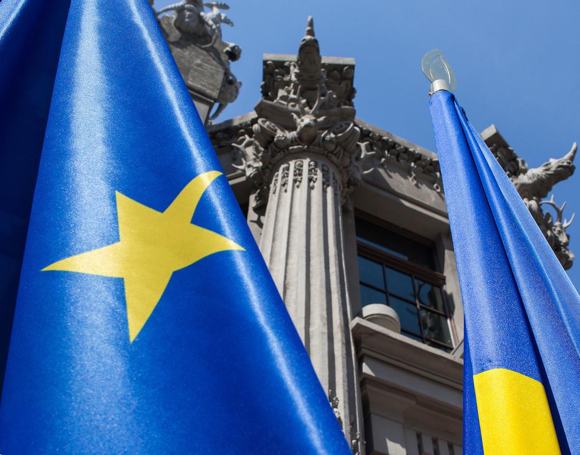 Європейський журналіст заявив, що протягом двох тижнів законодавча ініціатива щодо скасування віз для українців буде подана до Ради ЄС.