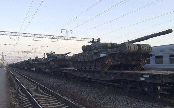 З території Російської Федерації на окупований терористами Донбас прибула чергова партія військової бронетехніки та живої сили.