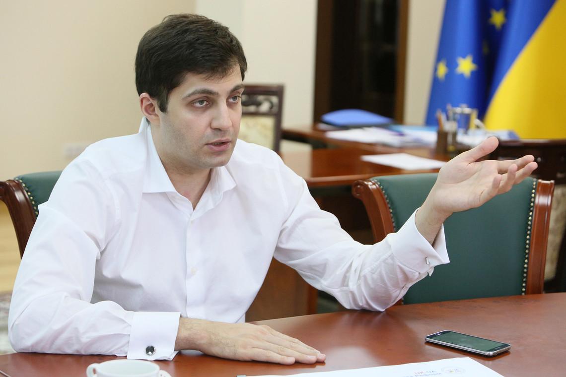 За словами Давида Сакварелідзе, старих українських прокурорів потрібно викинути на звалище історії.
