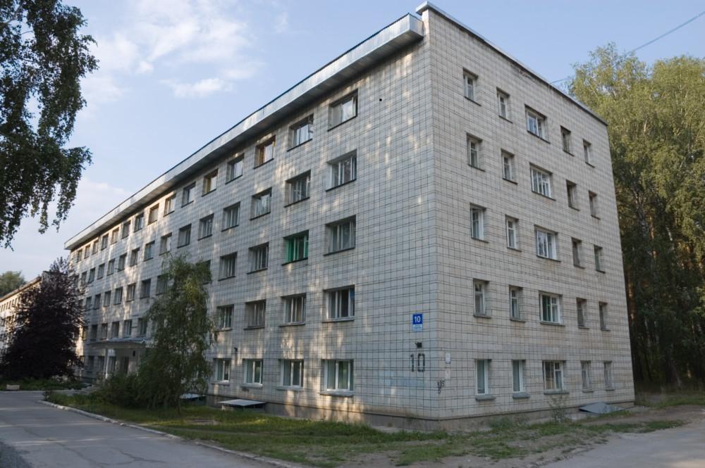 Верховна Рада України сьогодні ухвалила закон про надання мешканцям гуртожитків права приватизувати свої кімнати.