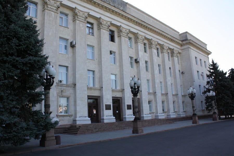 Військово-політичне керівництво РФ з високою ймовірністю не відмовилося від намірів прокласти сухопутний коридор через територію Приазов'я в окупований півострова Крим.
