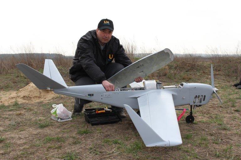 Випробування проходять в чотири етапи. Їх повинні пройти всі вироби перед закупівлею для дослідної експлуатації Міністерством оборони України.
