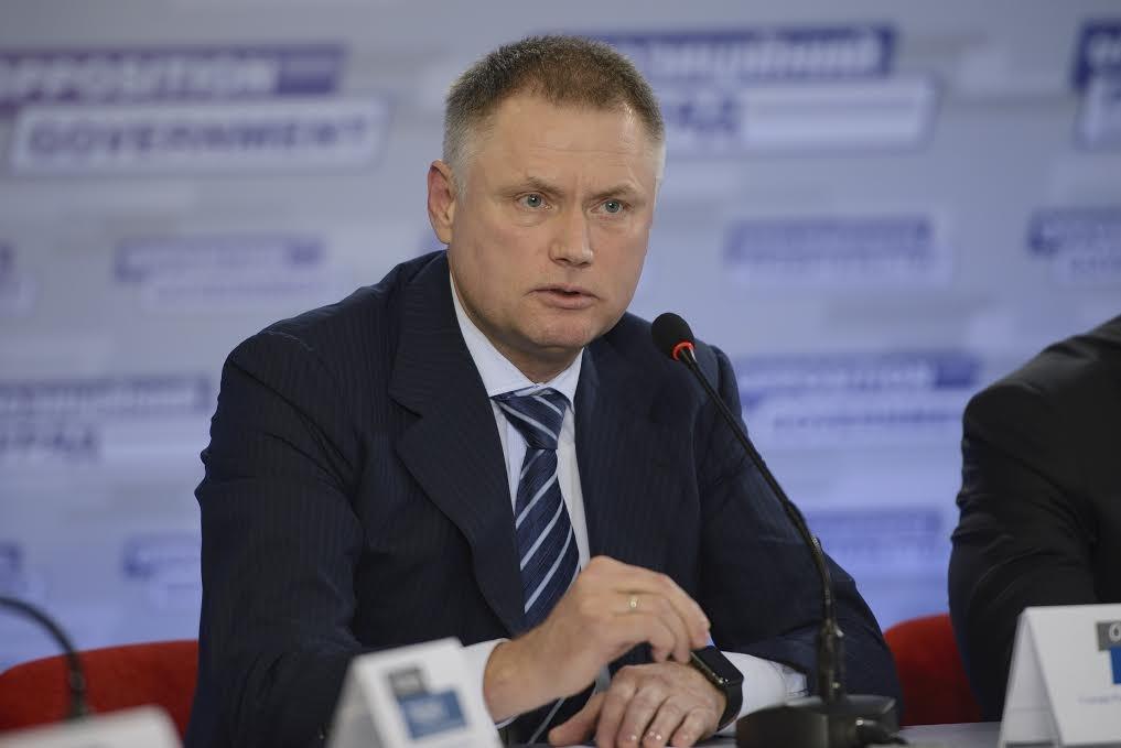 Станом на 25 квітня 2016 року народний депутат України Олексій Білий не відправив жодного депутатського запиту із зазначеного питання.