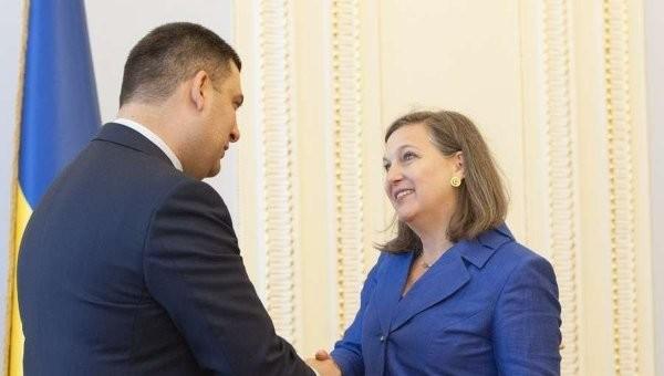 Помічник Держсекретаря США Вікторія Нуланд не ставила перед Україною конкретних вимог щодо проведення виборів на Донбасі.