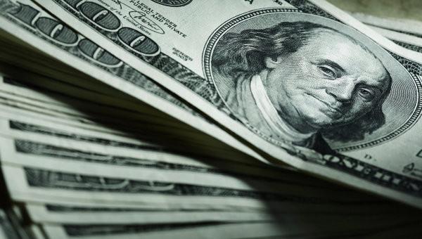 Всього комерційні банки подали заявки на продаж валюти в обсязі 89,7 млн доларів США за курсом від 25,21 грн до 25,30 грн за долар США.