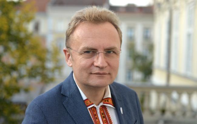 Мер міста Львова Андрій Садовий пообіцяв направити 1 мільйон гривень на поповнення міських бібліотек новими книгами.
