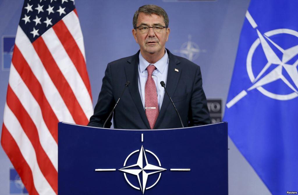 Міністр оборони США Ештон Картер оцінив професіоналізм Степана Півторака і планує незабаром відвідати Україну.