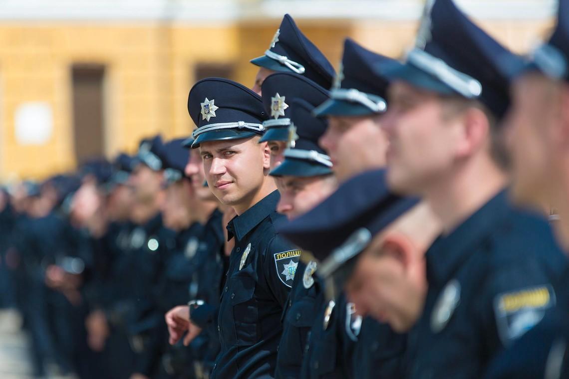 Міністр внутрішніх справ Арсен Аваков анонсував появу нової патрульної поліції в 6 містах на Донбасі та Кривому Розі до початку літа.