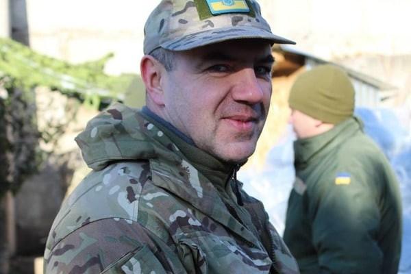 Військовослужбовці, які обрали службу в армії за контрактом, не встигнуть заповнити прогалини, що утворилися в обороні країни.