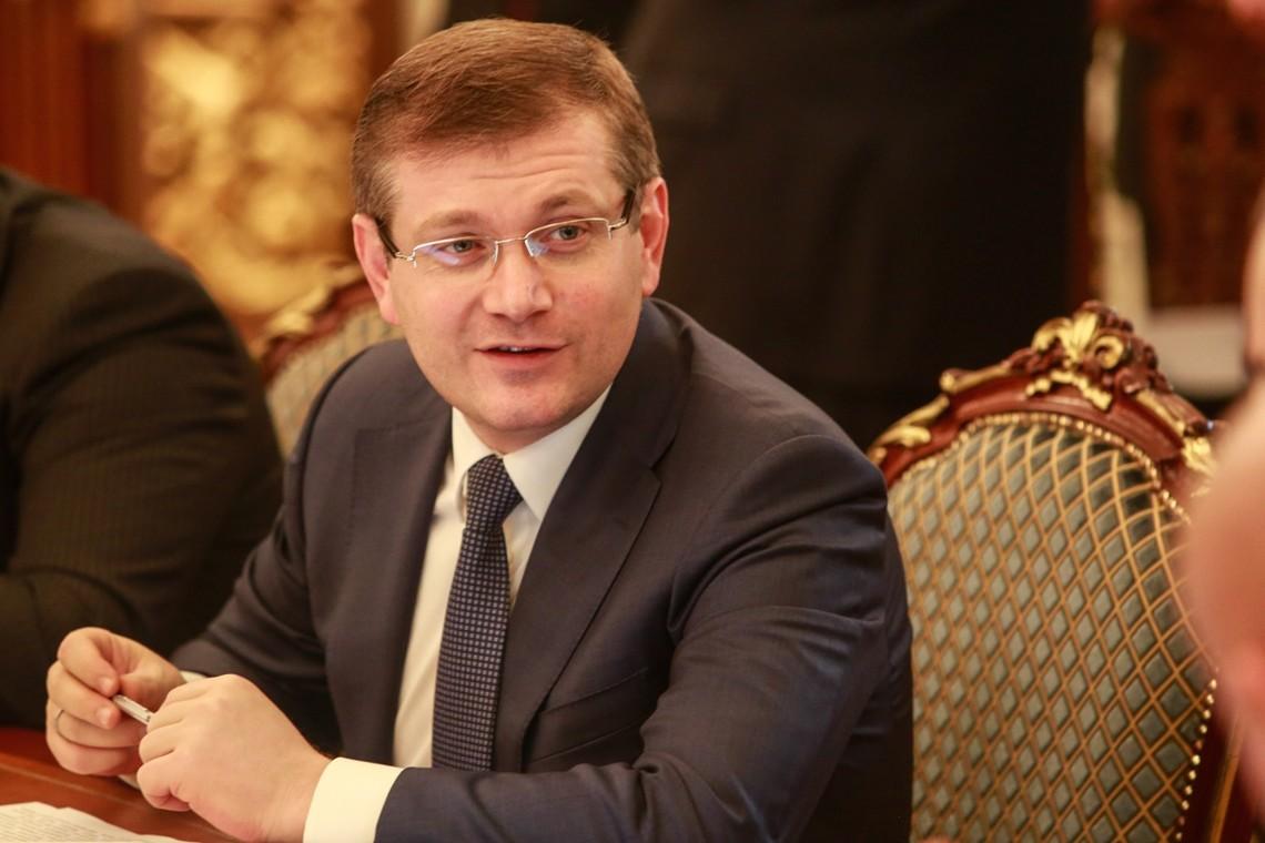 Нардеп Олександр Вілкул пропонує зробити петриківський розпис головним елементом дизайну на Євробаченні-2017.
