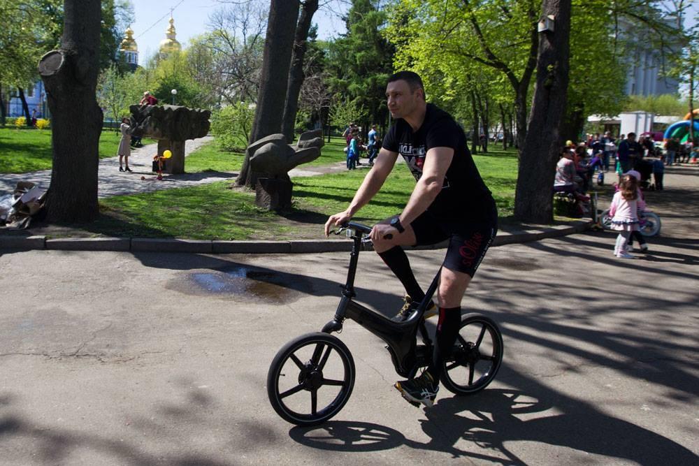 Мер Києва Віталій Кличко сьогодні проінспектував столичні предмети на предмет підготовки до купального сезону.
