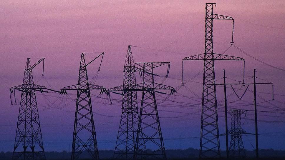 В середу, 18 травня, глава Криму Сергій Аксьонов зняв режим надзвичайної ситуації в регіоні, введений в листопаді 2015 року через енергодефіциту.