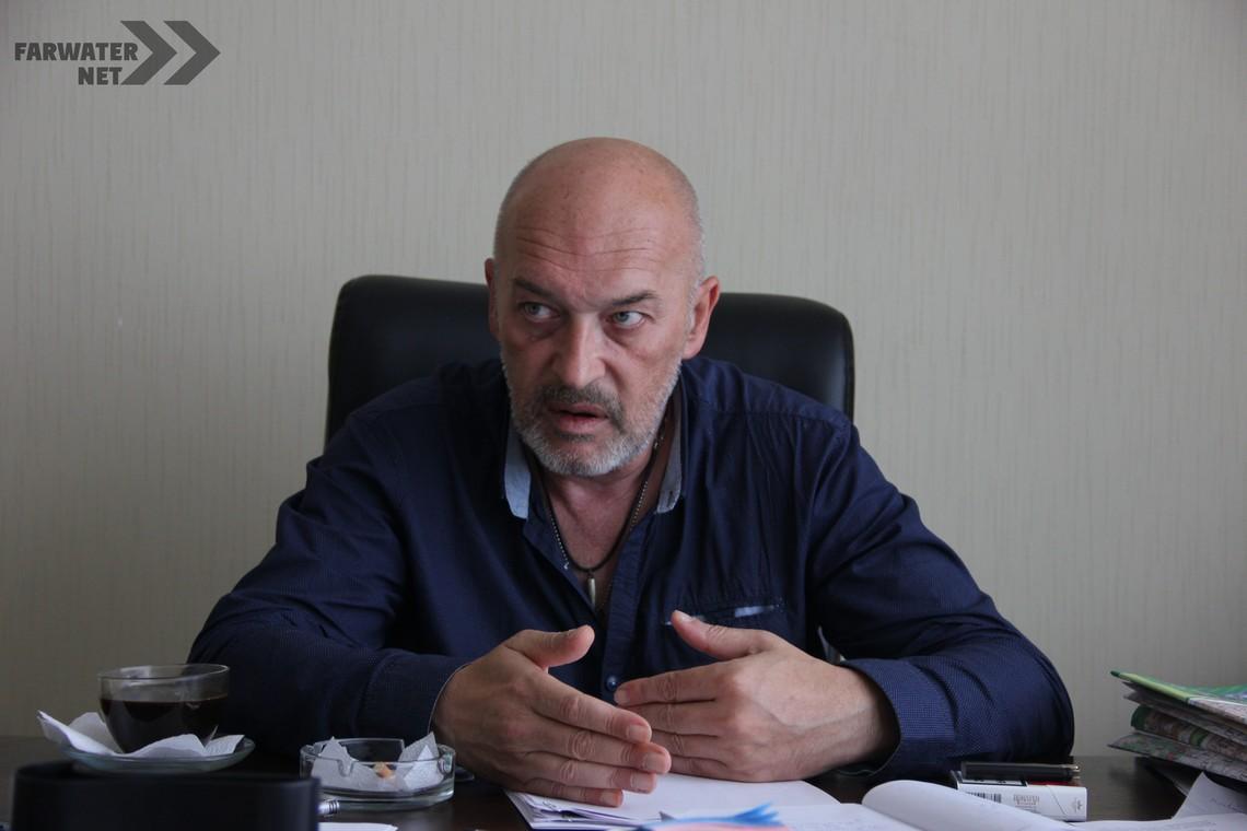 ЕСК-глава Луганської військово-цивільної адміністрації Георгій Тука відвідав НАБУ і попросив розслідувати його діяльність на посту губернатора.