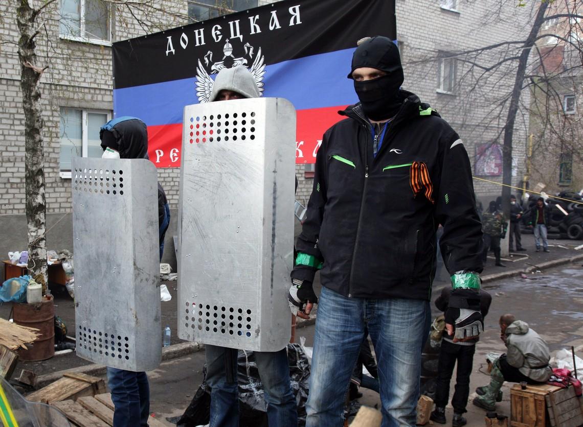 Ватажок бойовиків самопроголошеної ДНР Олександр Захарченко заявив про намір не допустити українські партії до праймеріз на Донбасі.