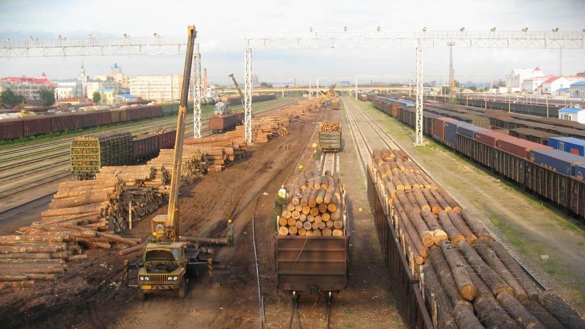 У компанії підкреслили, що залізниця надає послуги з перевезення вантажу та не несе відповідальності за видачу дозвільних документів на нього.