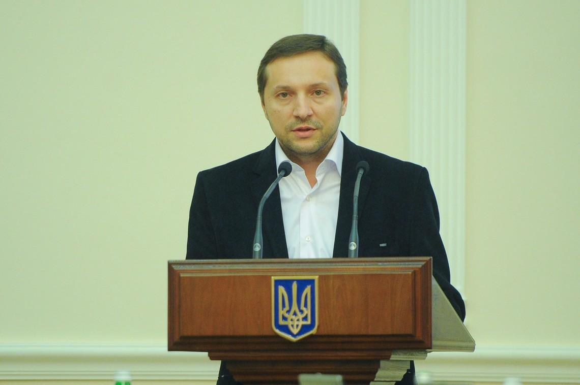 Мінстець заявив, що для відновлення мовлення українських телеканалів у прифронтових зонах потрібно звільнити Донецьк і Луганськ.