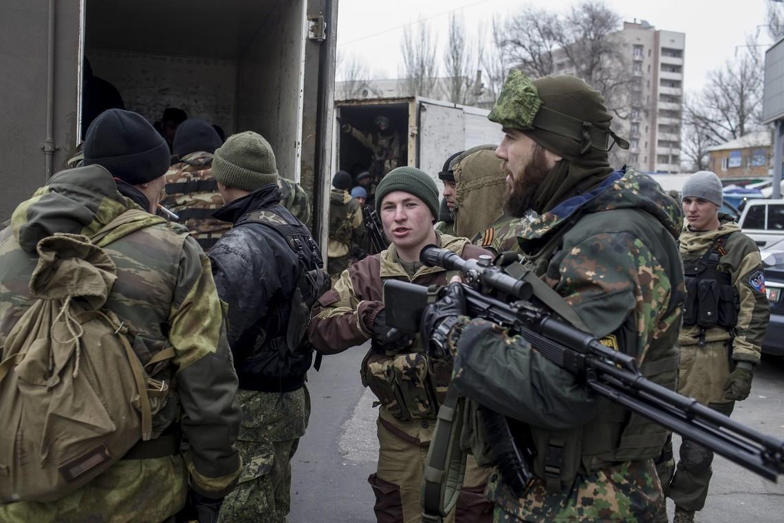 Бойовики так званих республік вчергове обстріляли позиції ЗСУ вздовж майже усієї лінії розмежування.