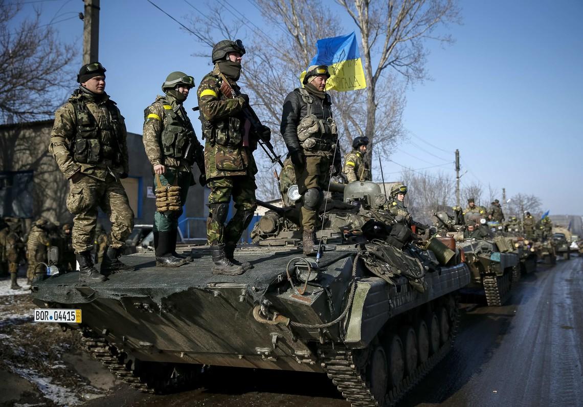 За останній тиждень Збройні сили України втратили 12 військовослужбовців, а бойовики так званих республік – 15 осіб.