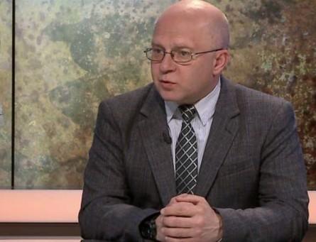 Експерт прокоментував заяву Олександра Турчинова про те, що провокації РФ можуть перерости в повномасштабні військові дії.