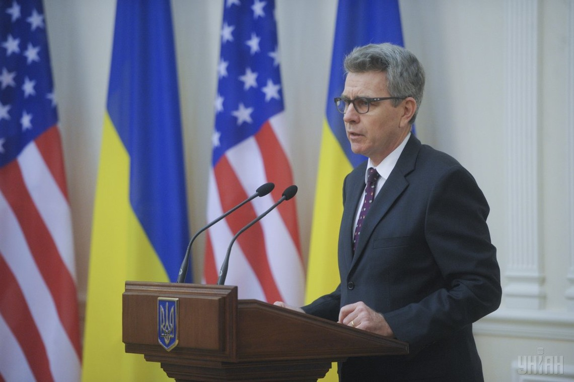 Американський посол у Києві Джеффрі Пайєтт заявив, що його країна приголомшена загостренням ситуації на Донбасі.