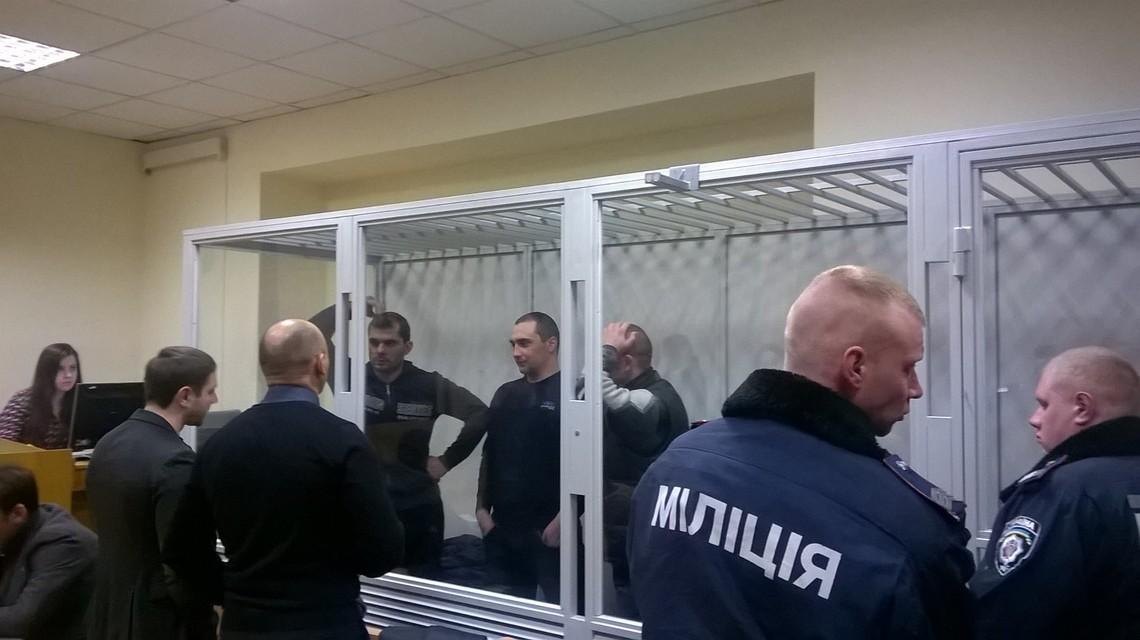 Зараз йде суд п'ятьох екс-беркутівців Павла Аброськіна, Сергія Зінченка, Олександра Маринченко, Сергія Тамтури та Олега Янишевського, які звинувачуються у вбивствах активістів Майдану.