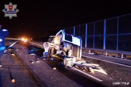 Під Любліном авто з 7 українцями потрапило а дорожньо-транспортну пригоду, троє людей загинули.