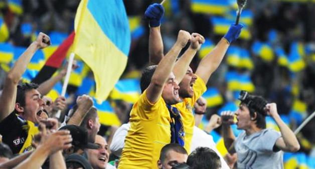 Слово і Діло аналізує обіцянки українських політиків, які вони дали для розвитку футболу в країні.