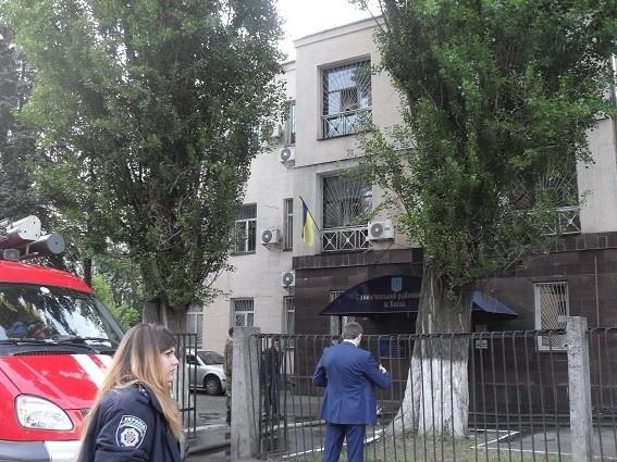 У Солом'янському районному суді Києва заявили, що резонансні судові справи під час учорашньої пожежі не постраждали.