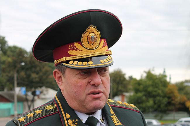 Екс-голова Державної пенітенціарної служби Олександр Лісіцков має російське громадянство й щомісяця відвідує Росію, де спілкується з екс-президентом Віктором Януковичем.