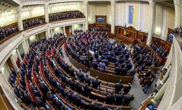 Народні депутати України нарешті проголосували за ухвалення закону про запровадження квот на україномовні пісні в радіоефірі.