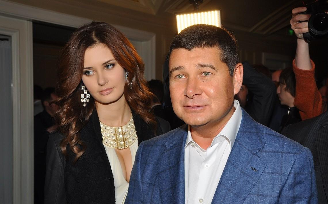 Нардеп Олександр Онищенко заявив, що звинувачення на його адресу висунуті для того, щоб забрати бізнес.