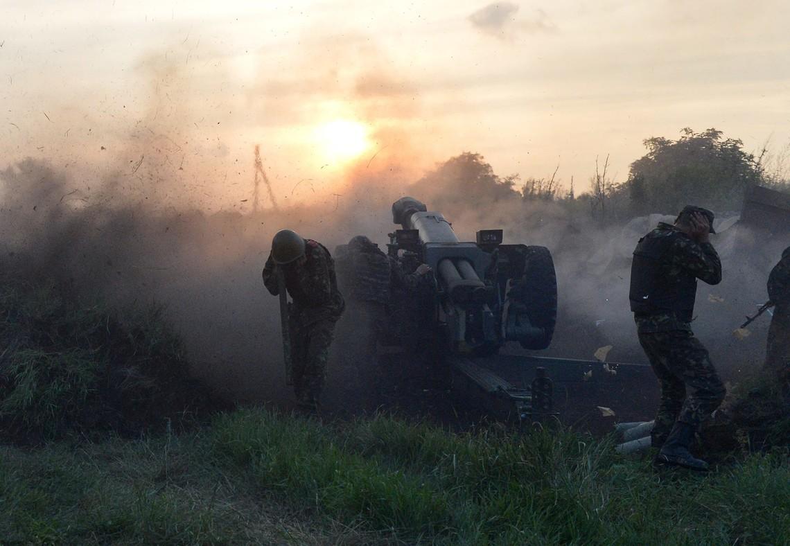 Сепаратисти так званих республік вчергове грубо порушили Мінські угоди, застосувавши під час обстрілів заборонену артилерію.