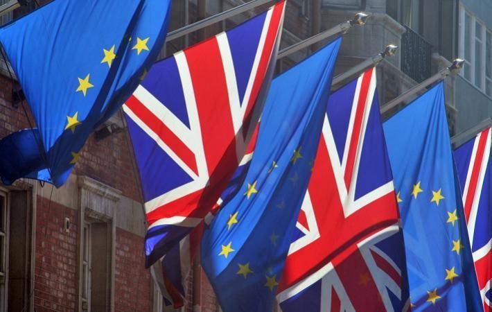 На загальному референдумі більшість жителів Великобританії проголосували за вихід країни з Євросоюзу.