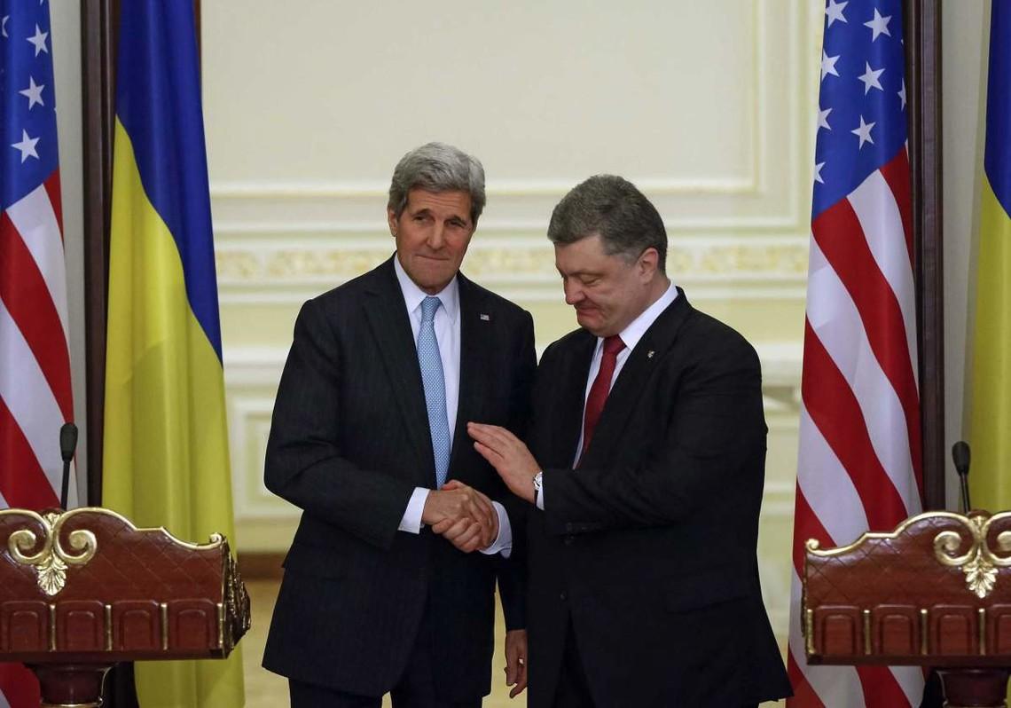 Стало відомо, коли держсекретар США Джон Керрі проведе зустріч із Петром Порошенком і Володимиром Гройсманом.