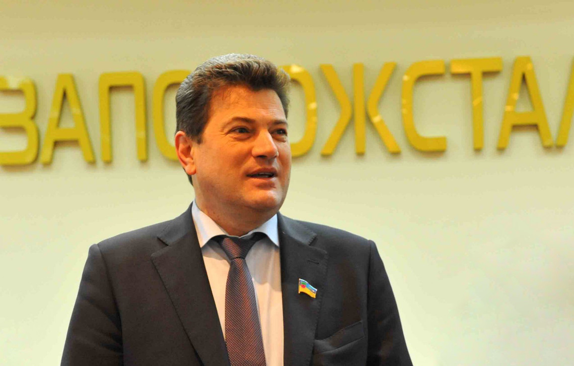 Міський голова Запоріжжя Володимир Буряк не виконав дві обіцянки, які стосувалися ремонту каналізаційного колектора.