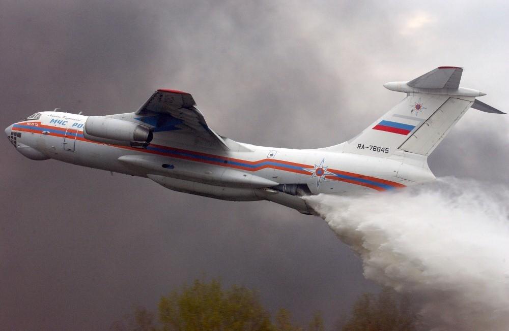 Причиною катастрофи літака російського МНС РФ в Іркутській області стало гаряче повітря, що потрапило в двигуни.
