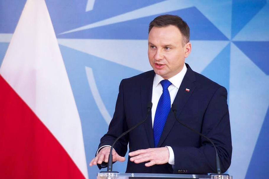 Президент Польщі висловив сподівання, що в умовах загрози зі сходу Варшавський саміт НАТО допоможе зробити Альянс сильнішим.